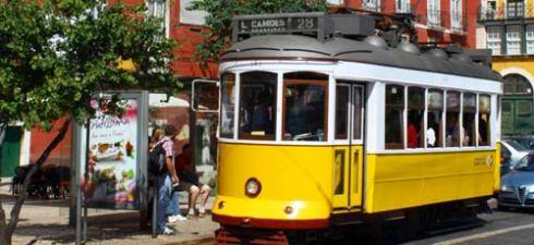 lisbon-tram-1